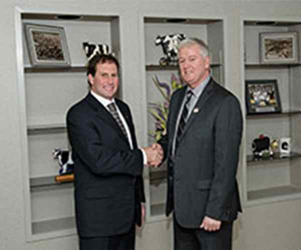 Photo for - ADL & Gay Lea Foods form co-operative alliance