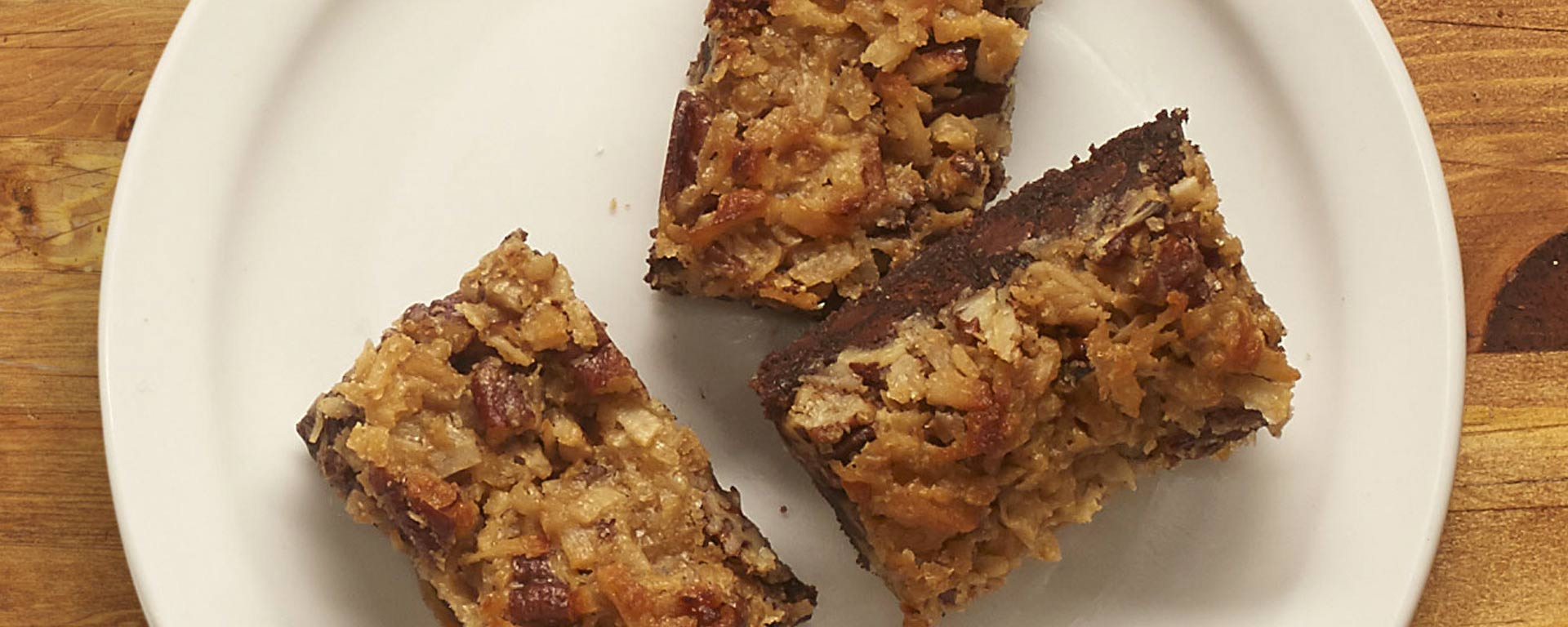 Photo for - Chocolate Coco-pecan Cookie Bar