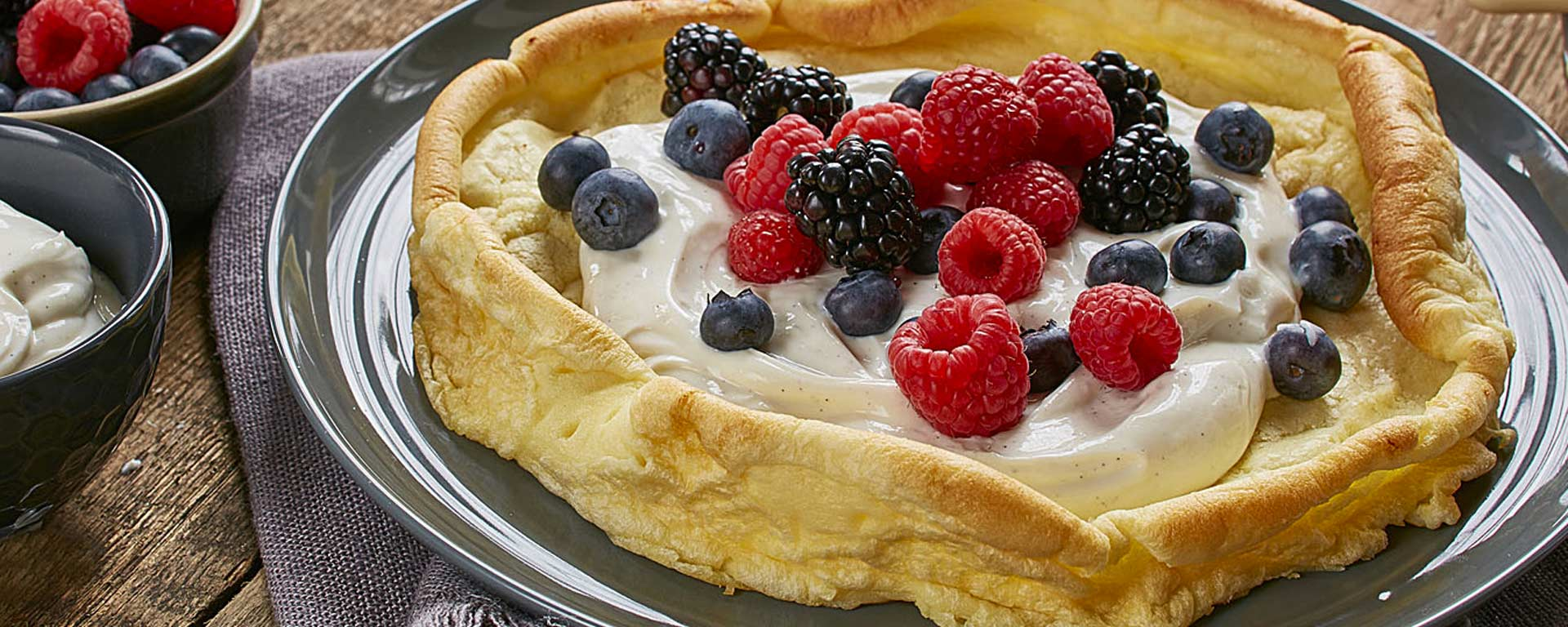 Photo for - Vanilla Berry Dutch Babies