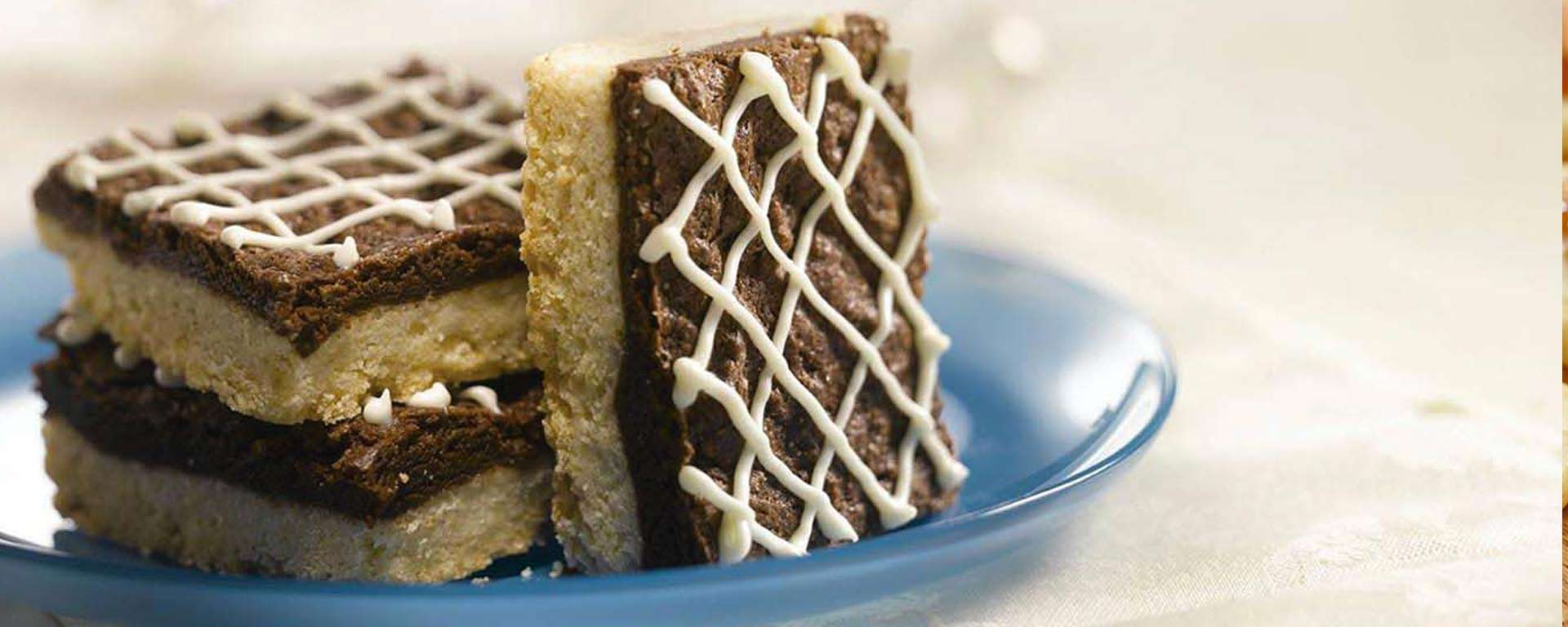 Brownie Shortbread Thins | Gay Lea Foods