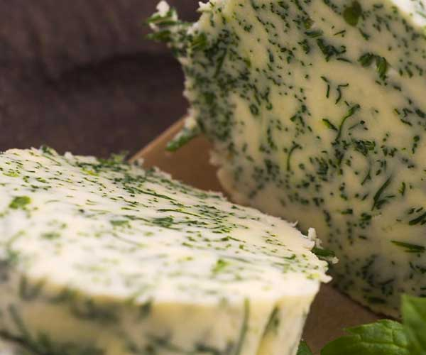 Photo for - Des beurres mélangés fabriqués de Gay Lea