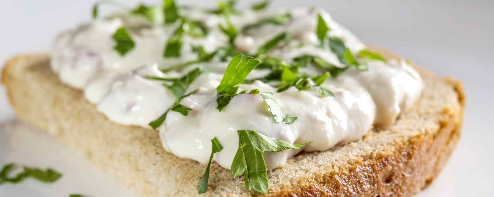 Photo for - Tangy Summer Horseradish