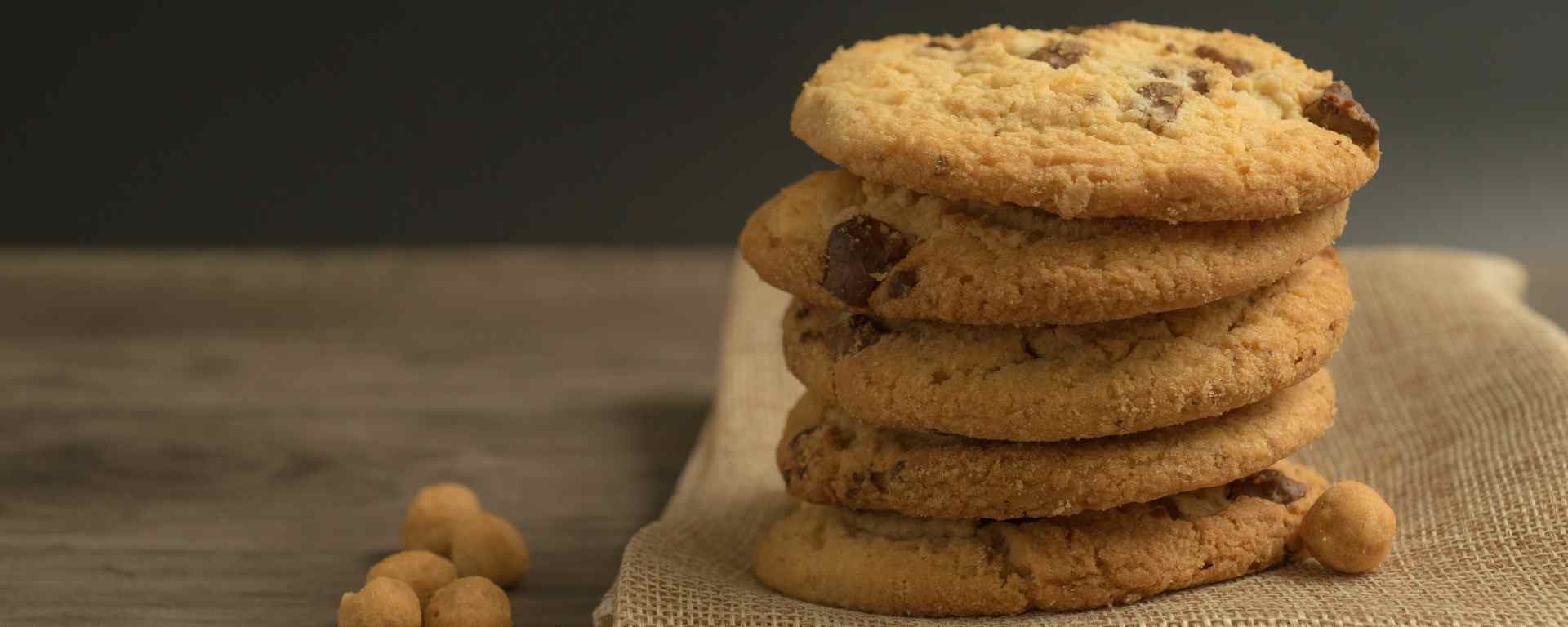 Photo for - Toasted Coconut and Macadamia Nut Cookies