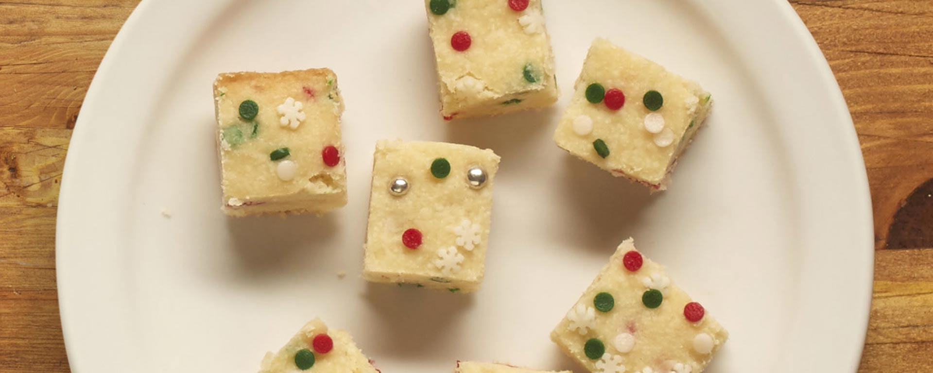 Photo for - Festive Mini Shortbreads