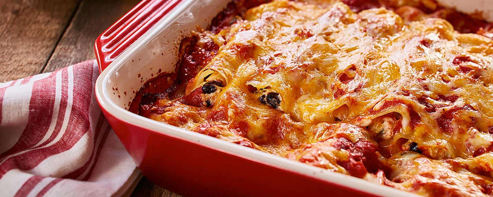 Photo for - Cannellonis au poulet à la salsa et aux haricots noirs