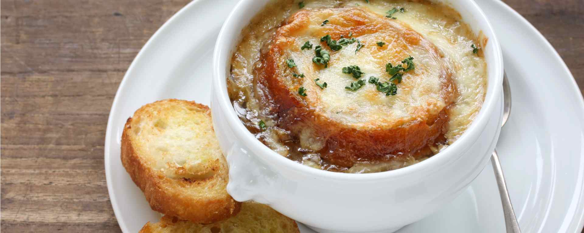 Photo for - French Onion Soup with Croutons au Gratin
