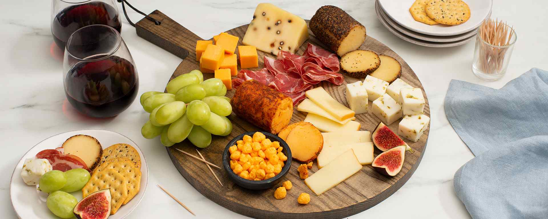 Photo for - Farmers' Market Cheese Board