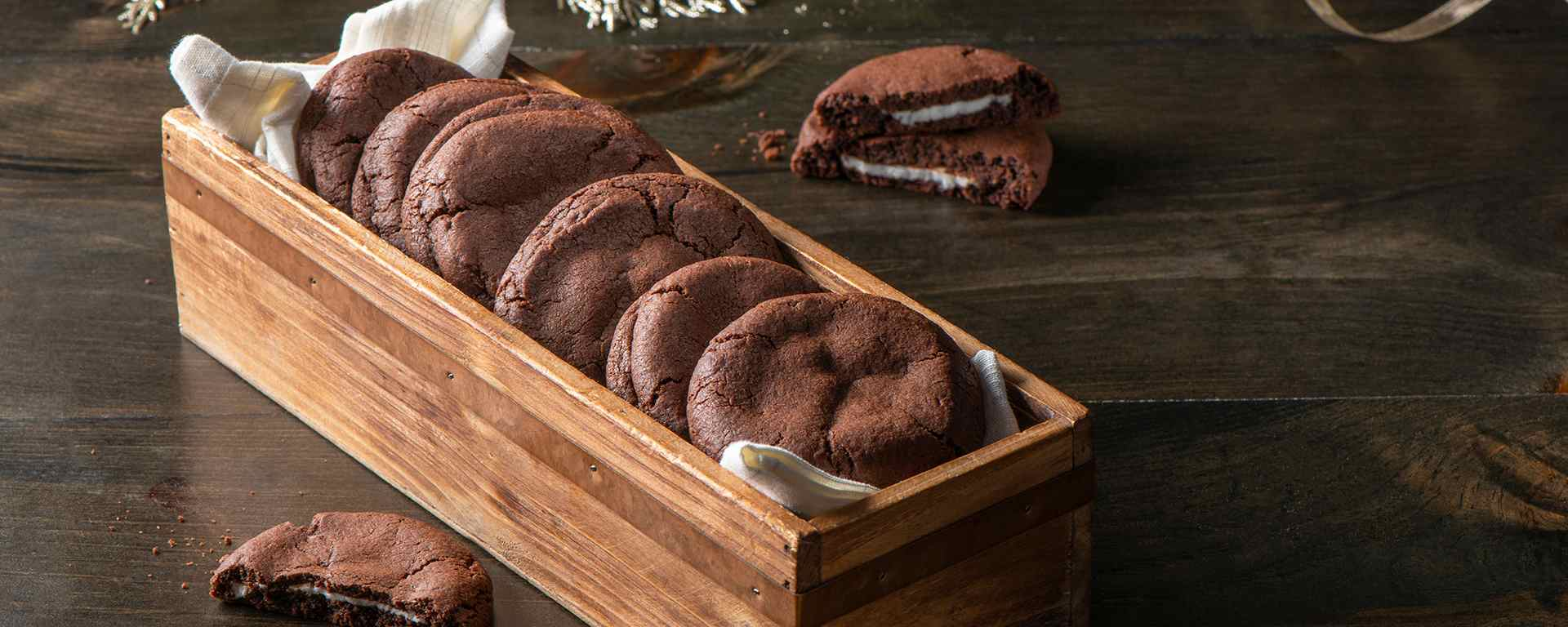 Photo for - Dark Chocolate Mint Cookies