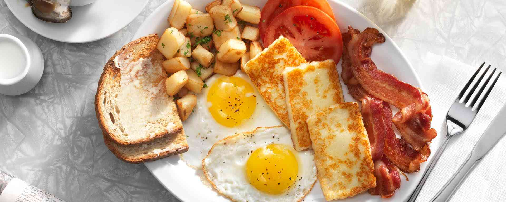 Photo for - Classic Diner Breakfast with Halloumi
