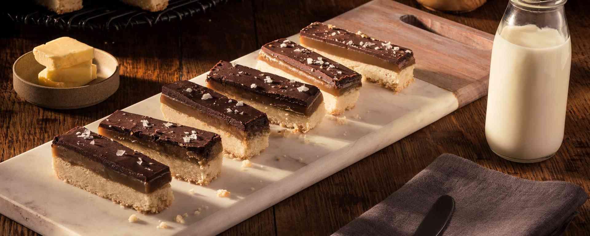 Photo for - Billionaire Layered Caramel Shortbread Bars