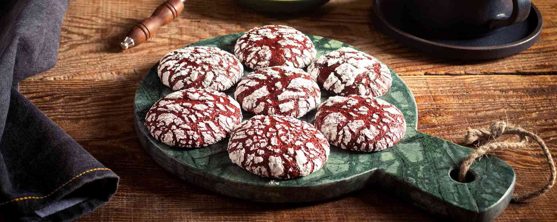 Photo for - Red Velvet Crinkle Cookies