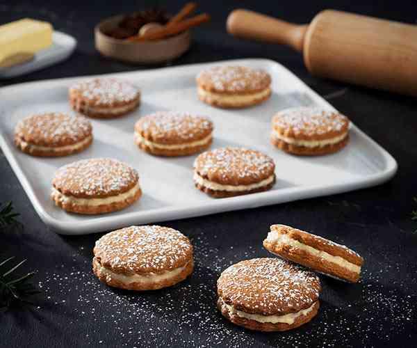 Photo of - Biscuits spéculoos en sandwich